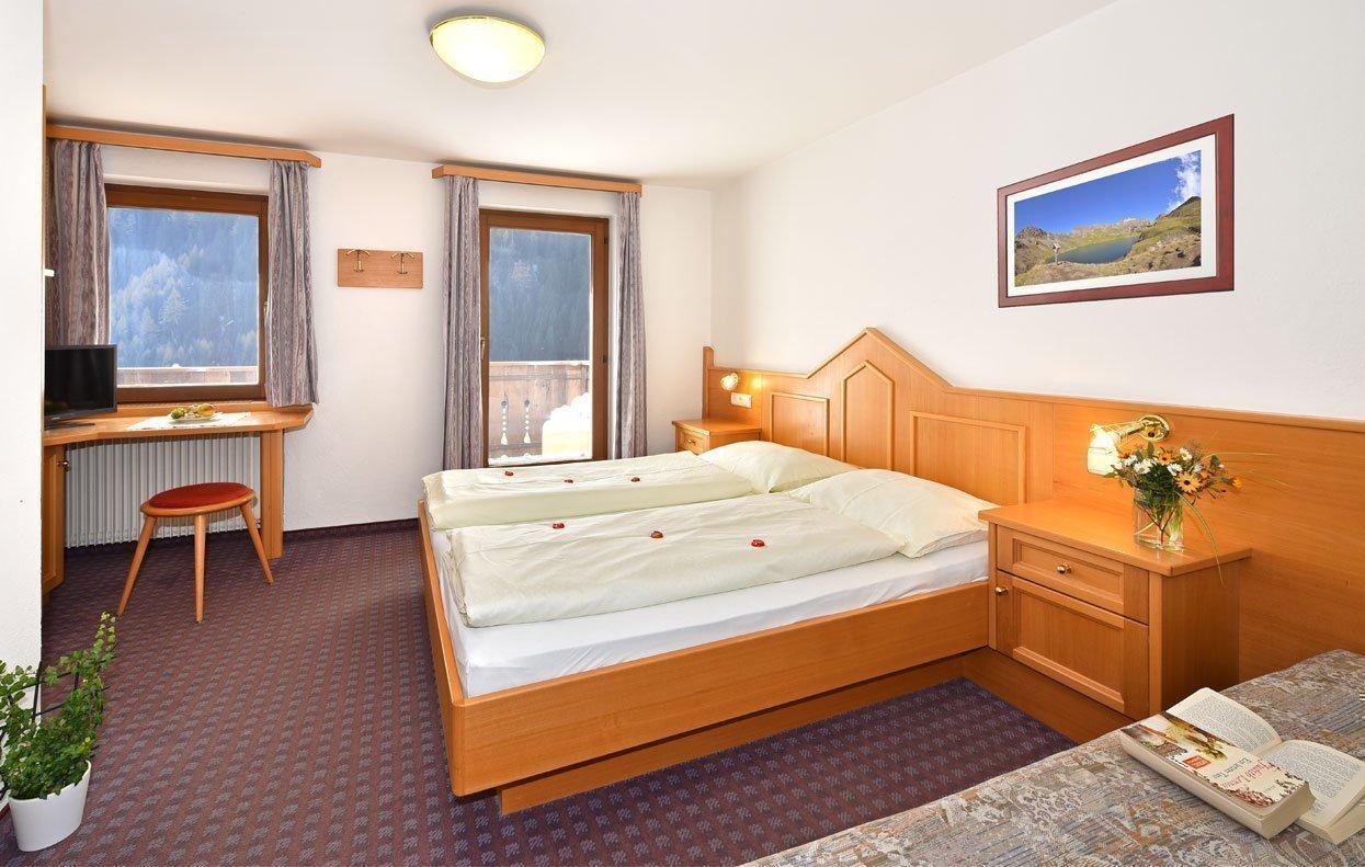 Prenotate la vostra camera a Valles di Rio Pusteria
