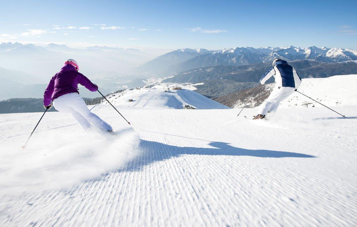 Vacanza invernale a Valles: discesa, sci alpinismo e fondo